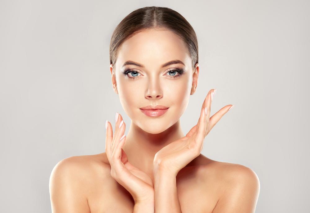 Дермаспрей интензив на топ цена помага при чувствителна кожа и се бори с атопичната кожа.